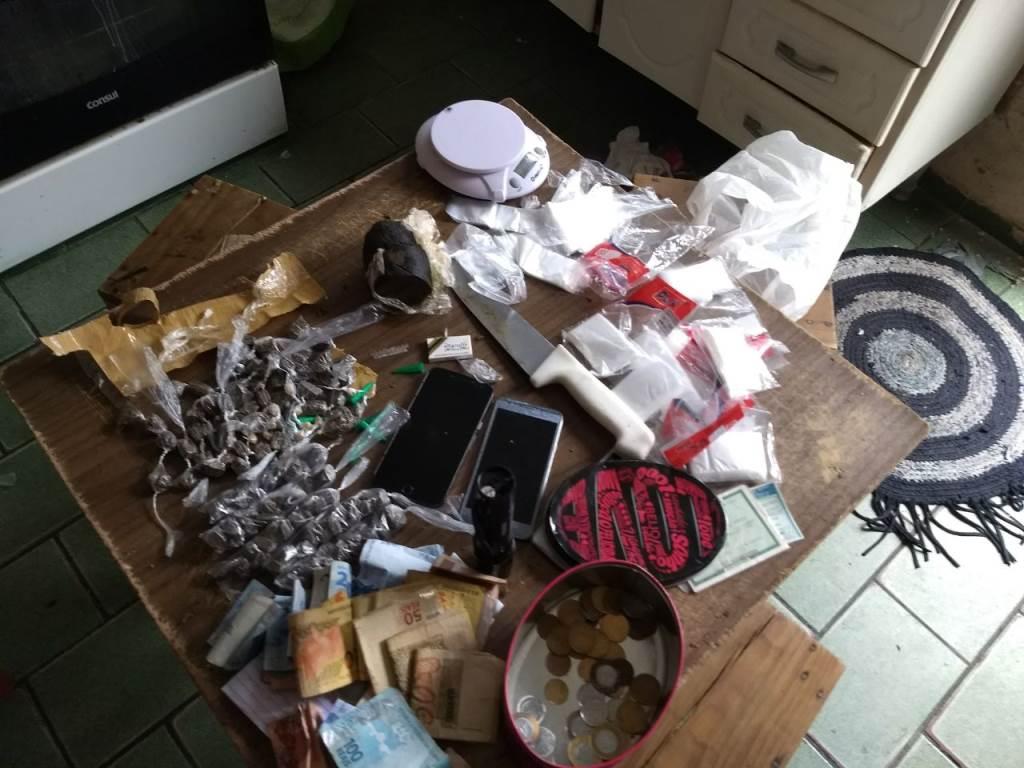 Artesanato Com Papel ~ Jovens s u00e3o presos por tráfico de drogas em Ibaté Galeria