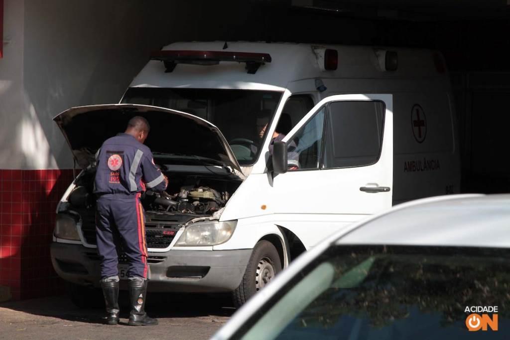 Ambulâncias do Samu passam por manutenção. Crédito: Denny Cesare/Código19