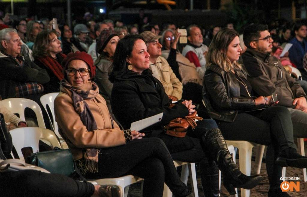 ConSertão: homenagem à música caipira na Praça do Carmo (Amanda Rocha/ACidadeON)