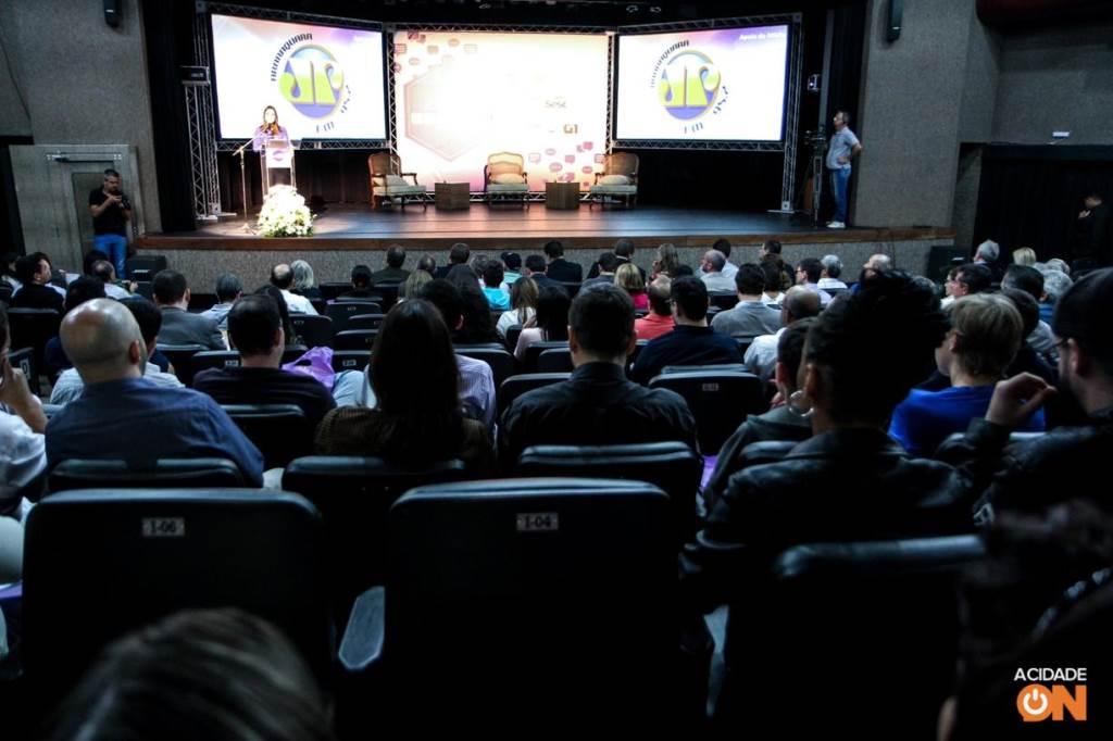 A 3ª edição do Agenda São Carlos teve a jornalista Mara Luquet como uma das palestrantes no evento (Amanda Rocha/ACidadeON)