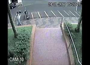 Honda Biz estava estacionada em frente a faculdade, na avenida Brasil, nesta terça-feira (24)