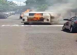 Corpo de Bombeiros foi acionado e controlou as chamas; ninguém ficou ferido
