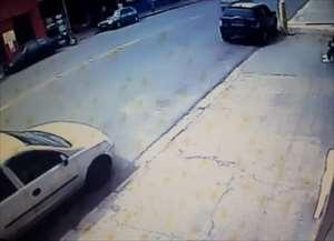 Acidente foi registrado na manhã de domingo (08) na Av. São Carlos