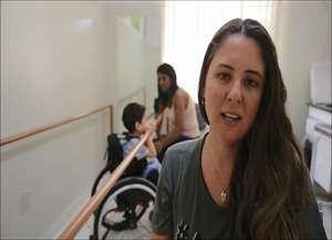 Criança sofre de AME (Atrofia Muscular Espinhal)