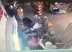 Grupo já teria sido responsável por três roubos na cidade nas últimas duas semanas