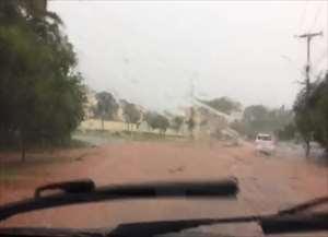 Motorista fez imagens de momento em que a chuva perdia força
