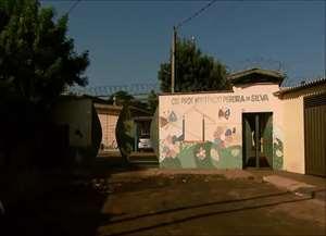 Salas foram reviradas e tintas espalhadas pelas paredes do CEI Hortêncio Pereira da Silva, no Jardim Aeroporto, zona Norte