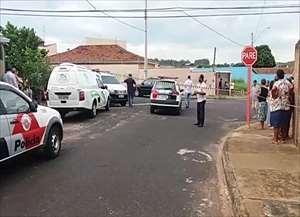 Crime choca a cidade tamanha a violência; acusado fugiu a pé