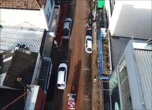 Imagens captadas por drone sobre região central da cidade mostram o estrago depois da forte chuva