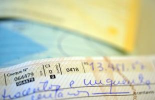 Cheque - Foto: Arquivo/Agência Brasil