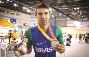 Lauro Chaman conquista a prata no ciclismo indoor, e Araraquara chega a sua terceira medalha nos Jogos Parapan-Americanos de Toronto - Foto: Divulgação