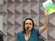 Janaina Paschoal sinaliza saída do PSL e diz que deputados