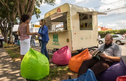 A Carreta Literária também inclui um programa de capacitação dos professores (Foto: Divulgação) - Foto: (Foto: Divulgação)