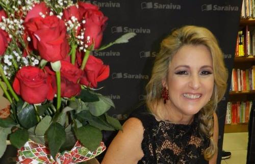 Divulgação - A escritora Helena Andrade