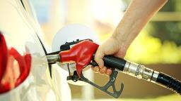 Procon multa 7 postos de combustíveis por aumento abusivo de preço