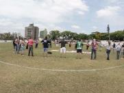 Grupo promove abraço simbólico no Estádio da Mogiana