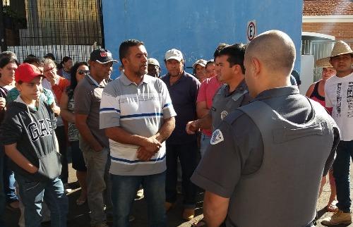 Acampados fazem manifestação em frente ao Itesp de Araraquara - Foto: ACidade ON - Araraquara