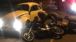 Colisão entre carro e motocicleta deixa duas pessoas feridas