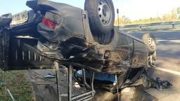 Motorista fica ferido após capotar veículo em Jaguariúna