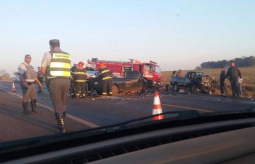 Acidente na rodovia Altino Arantes deixou duas pessoas mortas - Foto: Reprodução / Whatsapp CBN Ribeirão