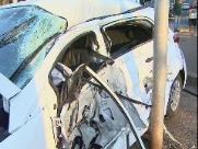 Acidente grave entre carro e ônibus deixa 2 mulheres feridas