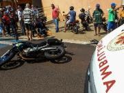 Motociclista de 53 anos é atropelado na Avenida 22 de Agosto