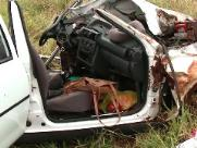 Mulher morre em colisão frontal em trecho na SP-255