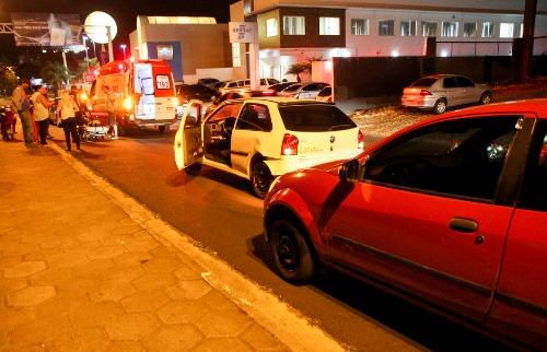 Acidente na via Expressa envolveu 3 veículos e uma moto (Amanda Rocha/ACidadeON) - Foto: Amanda Rocha