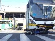 Acidente próximo ao Terminal de Integração deixa motociclista gravemente ferido