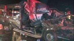 Acidente com van deixa dois mortos e dez feridos na Anhanguera