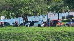 Batida de carros causa congestionamento na Maurílio Biagi