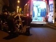 Acidente aconteceu no cruzamento da Rua Marechal Deodoro com a Campos Salles. Motorista do carro colidiu na motocicleta durante uma conversão - Foto: ACidade ON - São Carlos