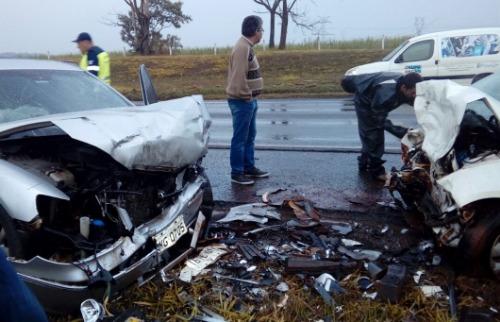ACidade ON - São Carlos - Grave acidente aconteceu entre as cidades de Rio Claro e Araras (foto: reprodução)