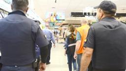 Blitz autua cinco comércios por aglomeração e falta de uso de máscara