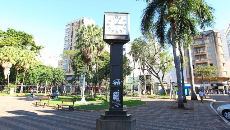 F.L.Piton / A Cidade