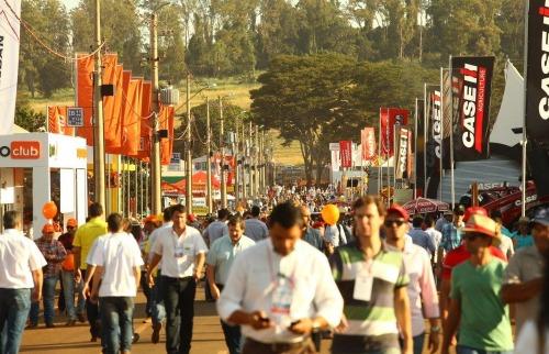 Expectativa dos organizadores é de que nos cinco dias do evento mais de 150 mil pessoas visitem a feira - Foto: Pierre Duarte / Especial