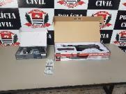 Jovem é preso ao comprar arma de brinquedo com RG falso