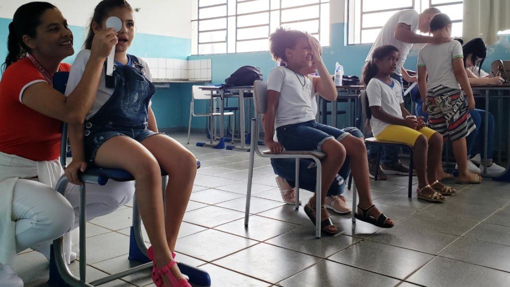 Alunos da rede pública fazem exame de visão (Foto: Assessoria de Imprensa) - Foto: ACidade ON - Araraquara