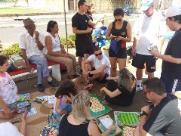 Após perder filha, casal organiza festa para crianças na Vila Xavier