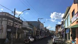 Comércio fica fechado no feriado de Finados em Amparo