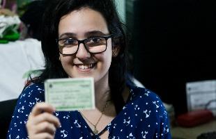 Milena Aurea / A Cidade - Anna Carvalho, 16 anos, vai votar pela primeira vez