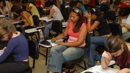Governo empenha R$ 118,3 mi para ensino integral