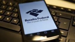 Receita paga hoje as restituições do lote residual do IRPF