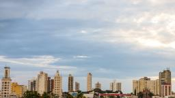 Araraquara terá sol e temperatura máxima de 30 graus