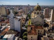 Fiéis de Araraquara celebram Corpus Christi com missa e procissão