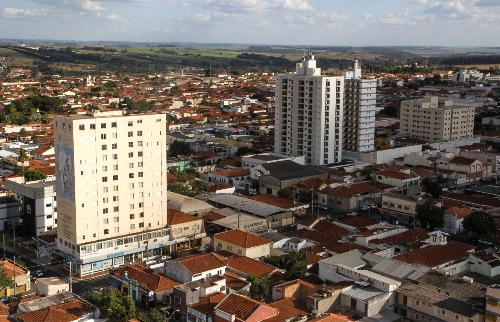 Araraquara já esteve no topo do ranking das cidades mais desenvolvidas do País, mas hoje ocupa a 76º posição (Foto: Amanda Rocha) - Foto: ACidade ON - Araraquara