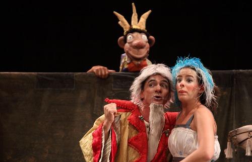 Ivson / divulgação - Shakespeare para os pequenos: Cena da peça infantil O Bobo do Rei, que será apresentada na Tenda Sesc montada na Esplanada do Pedro II  (foto: Ivson / divulgação)