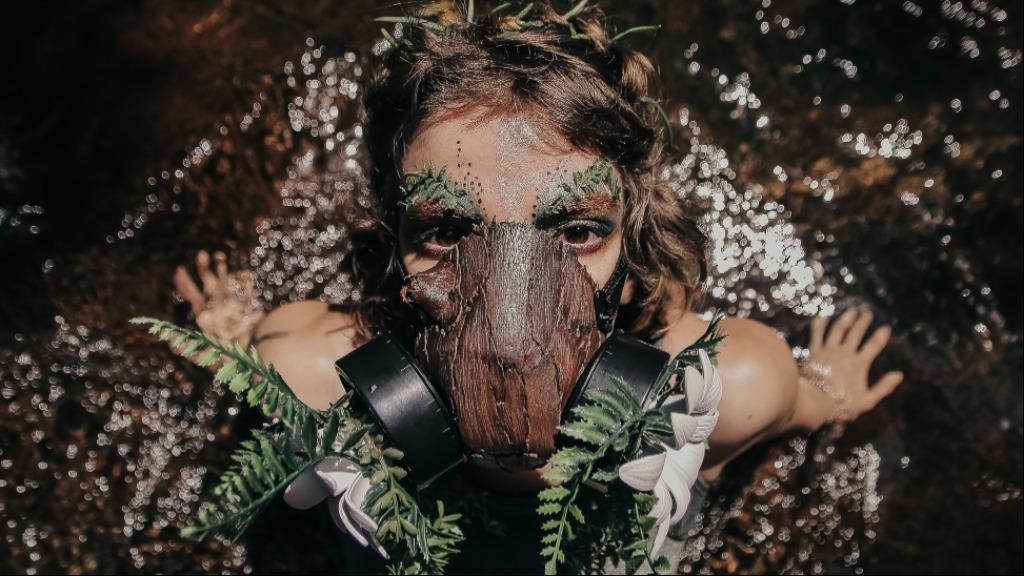 """Artista Bel Macari apresenta """"Para Além da Última Chama"""":  reflexões de questões sociais e políticas relacionadas às queimadas do Pantanal (Foto: Divulgação) - Foto: Divulgação"""