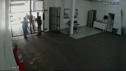 """Suspeito de matar comerciante fugiu da cadeia após """"saidinha"""""""