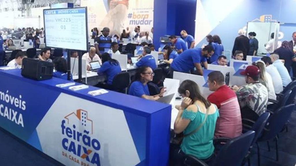 Atendimento durante Feirão presencial em 2019. (Foto: Divulgação/Caixa) - Foto: Divulgação/Caixa